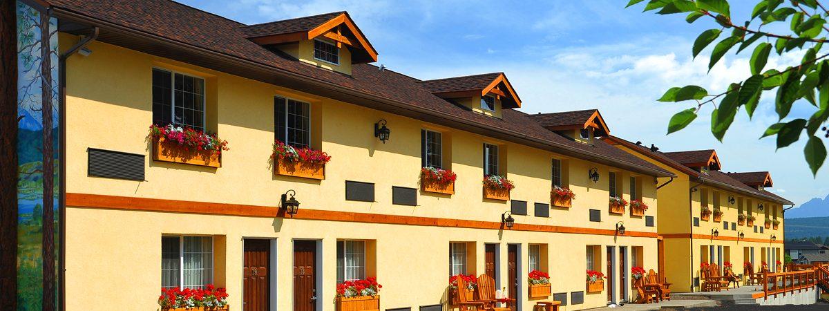 Elizabeth-Lake-Lodge-Cranbrook-highest-rated-hotel-cranbrook
